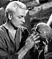 Actor Laurence Olivier in the movie Hamlet