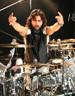 metal rock music drummer Mike Portnoy